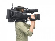 Sony-pxwx400_on-shoulder