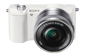 Sony-A5100-w-SELP1650-white