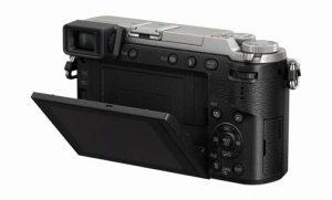 Panasonic-DMC-GX85-lcd