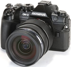 Olympus-OM-D-E-M1-Mark-II-left