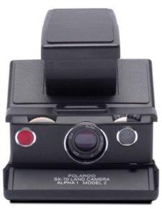 Polaroid-SX-70-black