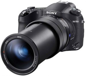 long-zoom compact Sony-DSC-RX10-IV-left