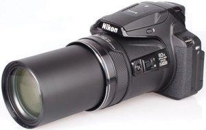 Nikon-Coolpix-P900-left