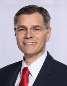 Dr.-Karl-Lamprecht Zeiss President and CEO