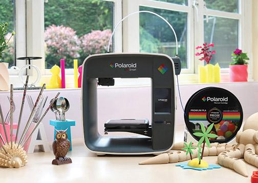 Polaroid-PlaySmart-3D-printer-lifestyle