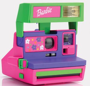 RETROSPEKT-barbie-polaroid-camera-right