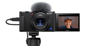 Sony-Imaging-Edge-cam-WebZV-1_SGR1_ON_Tripod