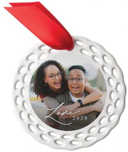 holiday photo gift buying Shutterfly-Ceramic-Ornament