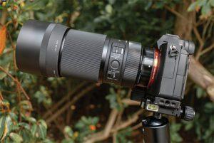 Sigma-105mm-F2.8-DG-DN-Macro-Art-lifestyle