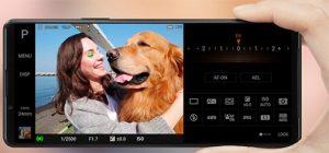 Sony-Xperia-1-III-in-hand