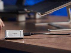 Kingston-Digital-XS-2000-SSD-lifestyle